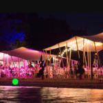 Loc'dunum - exemple de décoration et d'éclairage pour un événement nocturne.